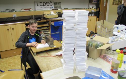 Výroba podkladů pro cvičné práce na řezačce polystyrenu